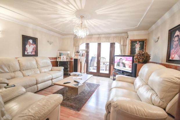 4 Bedrooms End Of Terrace House for sale in 1 Rainbow Avenue, , E14