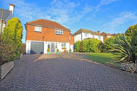 4 bedroom detached house for sale - Ewhurst Avenue, Sanderstead, Surrey