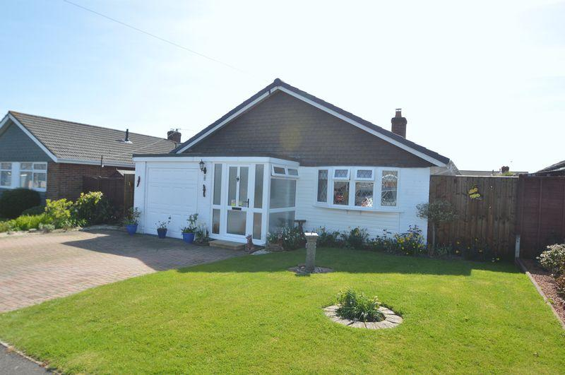 2 Bedrooms Detached Bungalow for sale in SEAVIEW