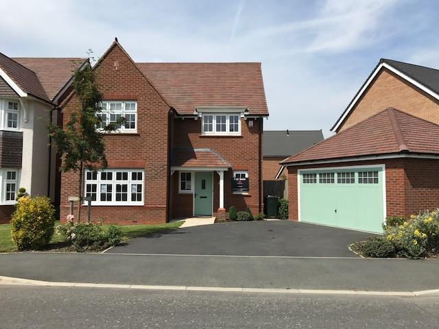 4 Bedrooms Detached House for sale in Sanderling Drive, Banks, Southport
