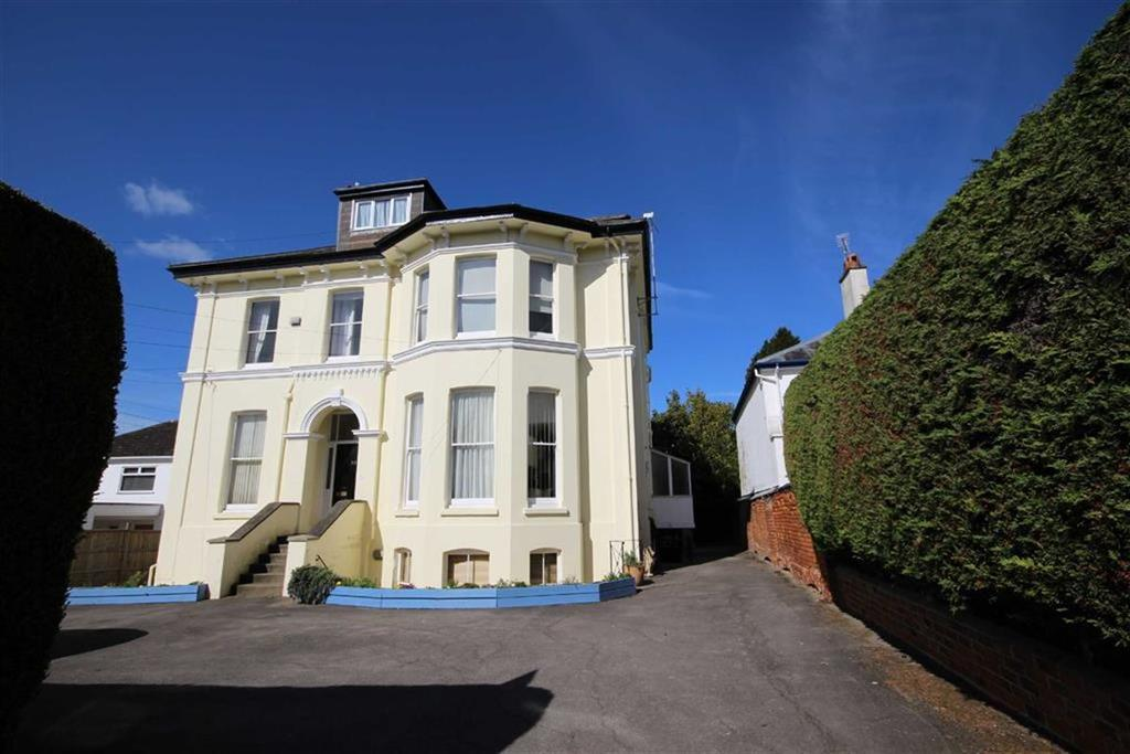 1 Bedroom Flat for sale in St Stephens Road, Tivoli, Cheltenham, GL51