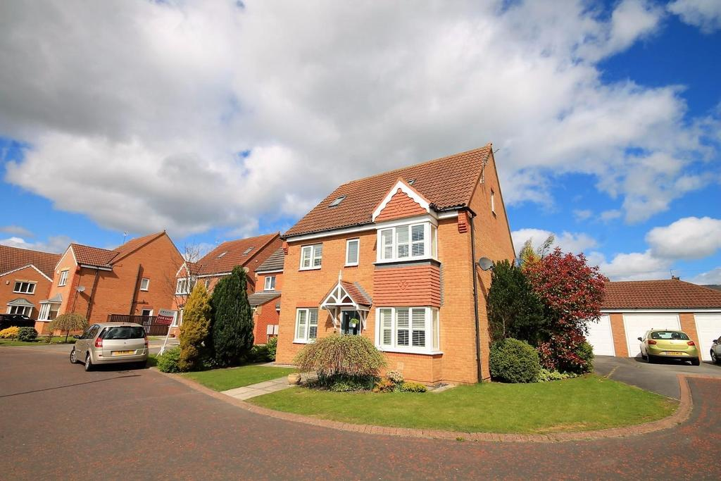 5 Bedrooms Detached House for sale in Larmouth Court, Willington, Crook