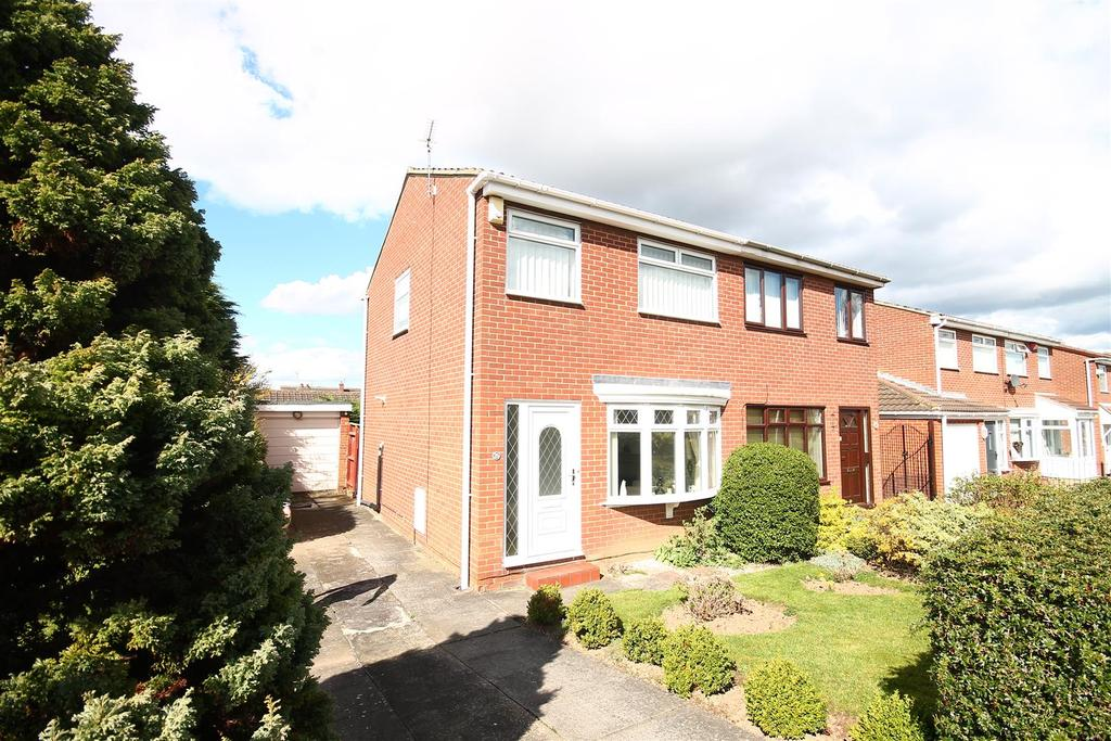 2 Bedrooms House for sale in Sunstar Grove, Middlesbrough
