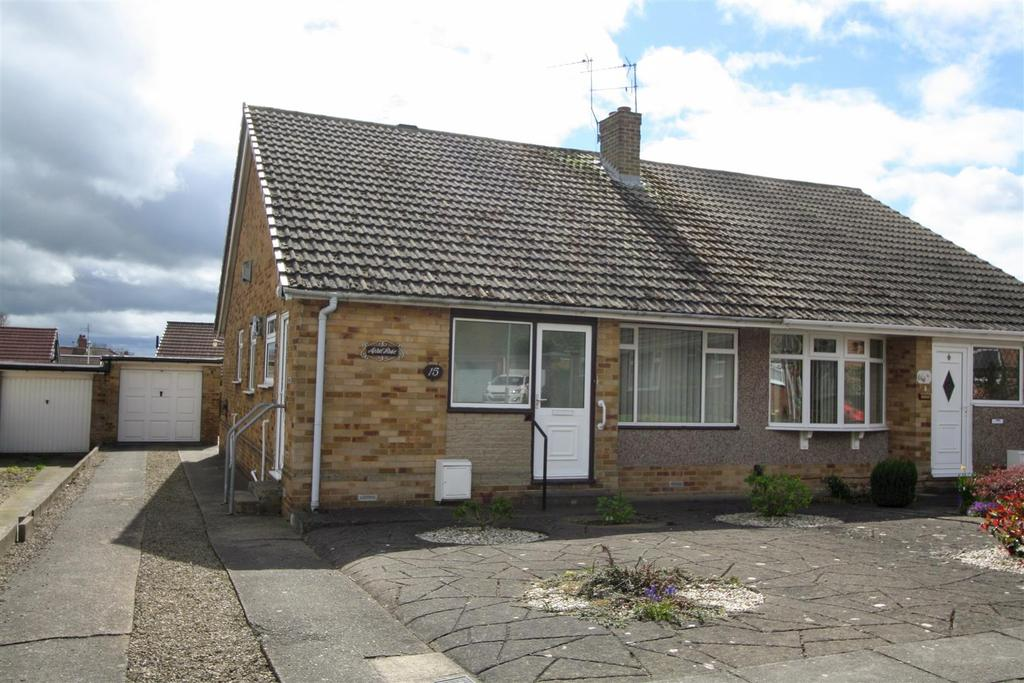 3 Bedrooms Semi Detached Bungalow for sale in Dorset Drive, Darlington