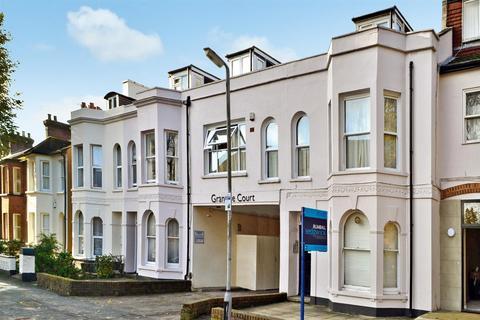 Studio to rent - Granville Road, St. Albans