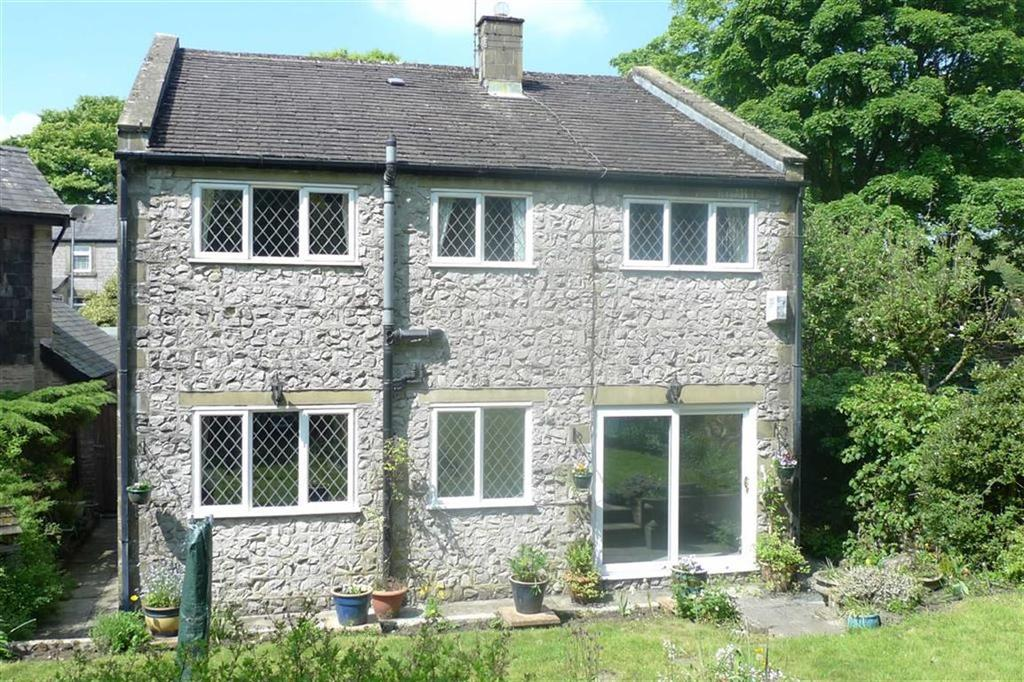4 Bedrooms Detached House for sale in Waterswallows Road, Buxton, Derbyshire