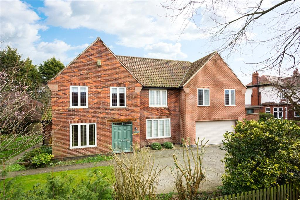 5 Bedrooms Detached House for sale in Tadcaster Road, Dringhouses, York, YO24