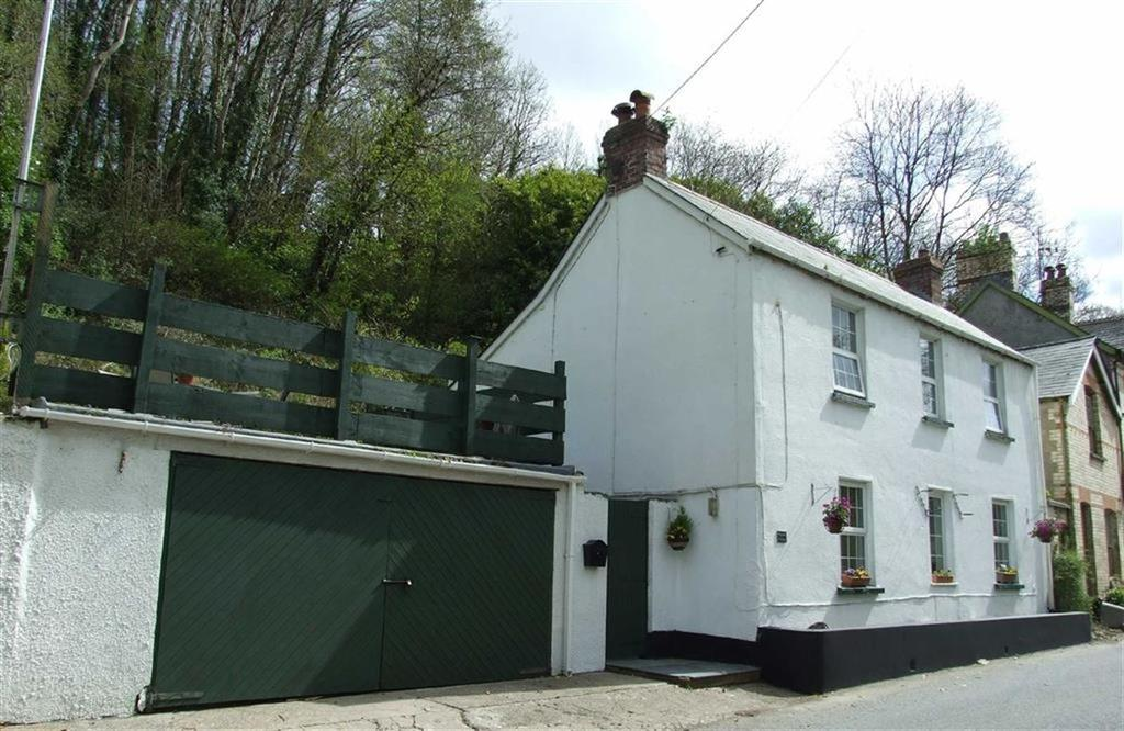 3 Bedrooms Detached House for sale in Snapper, Barnstaple, Devon, EX32
