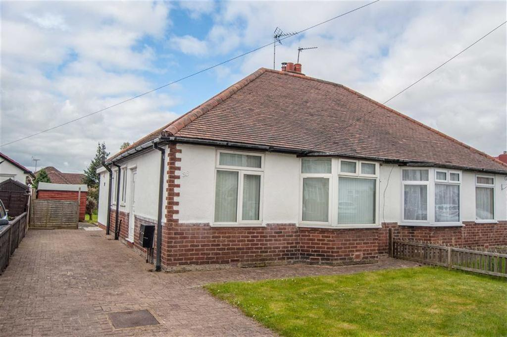 3 Bedrooms Semi Detached Bungalow for sale in Butterbache Road, Huntington, Chester, Chester