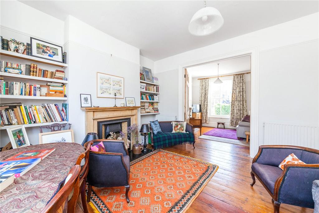 5 Bedrooms House for sale in Barclay Road, London, SW6