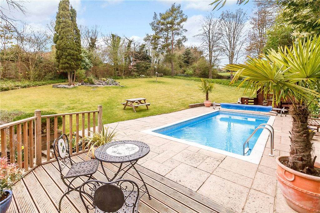 Lambridge Wood Road Henley On Thames Rg9 4 Bed Detached
