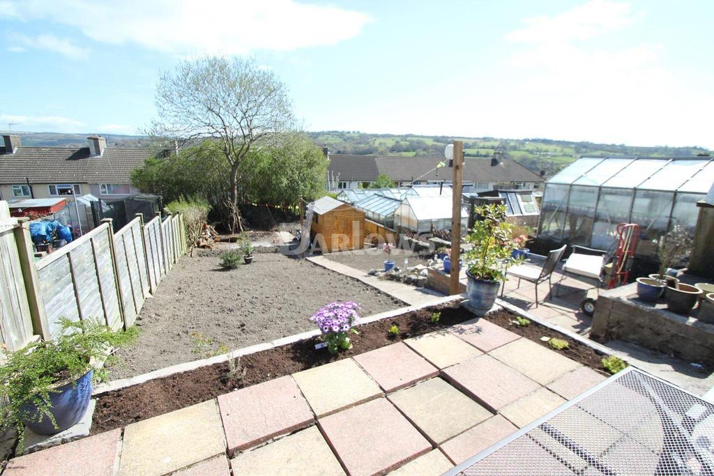 3 Bedrooms End Of Terrace House for sale in Brynglas Avenue, Pontllanfraith