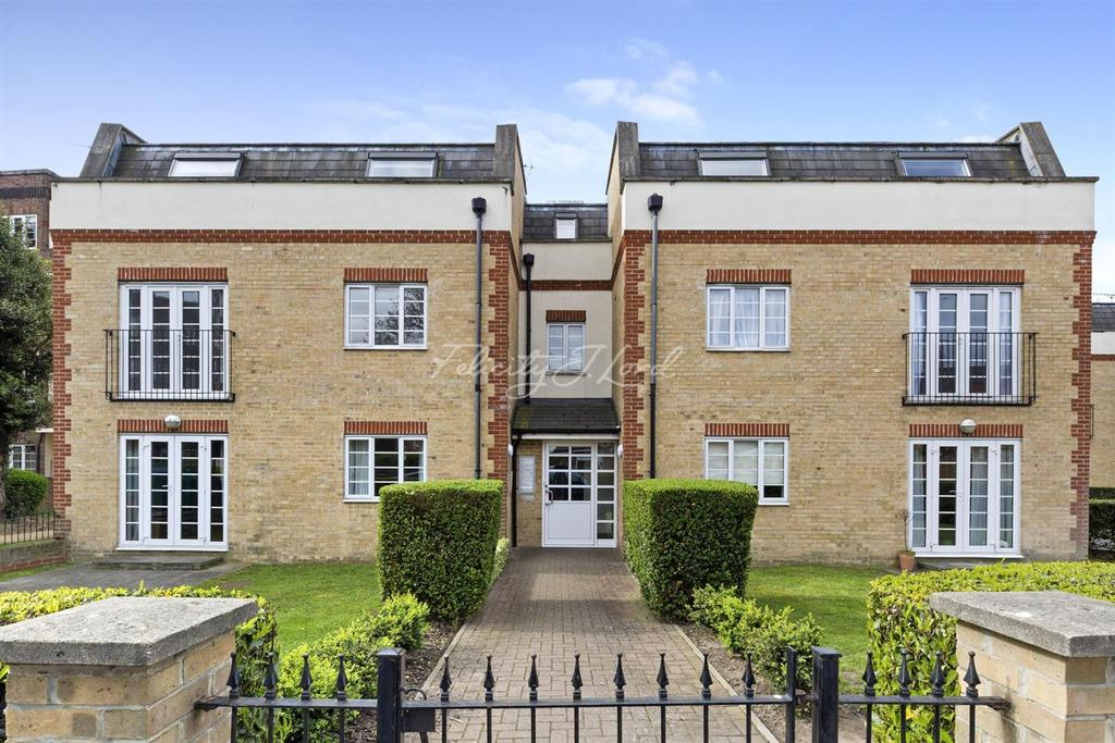 2 Bedrooms Flat for sale in Churton Place, Chiswick W4