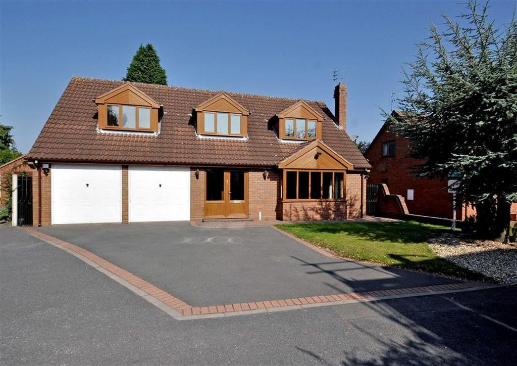 4 Bedrooms Detached House for sale in 3, The Woodlands, Keepers Lane, Wolverhampton, South Staffordshire, WV8