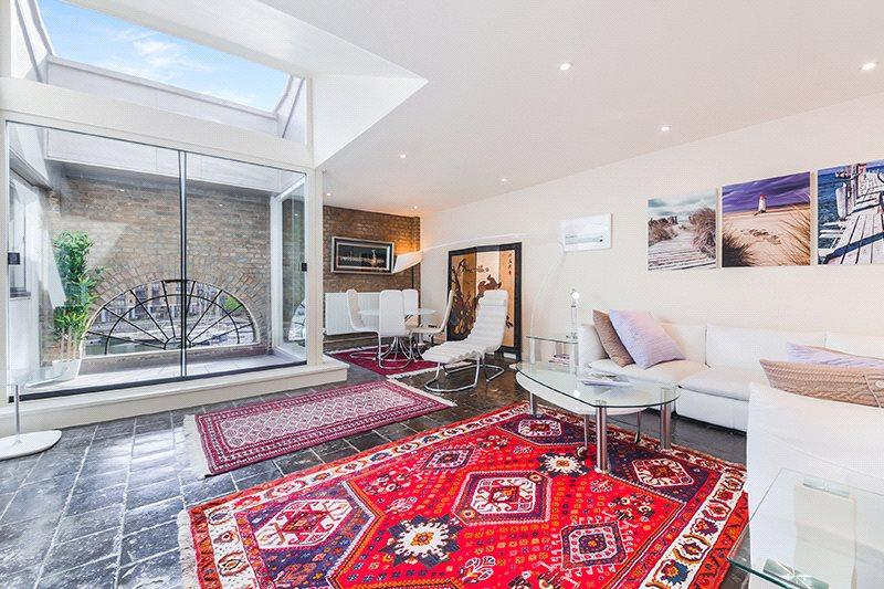 1 Bedroom Penthouse Flat for sale in Ivory House, East Smithfield, Wapping, London, E1W