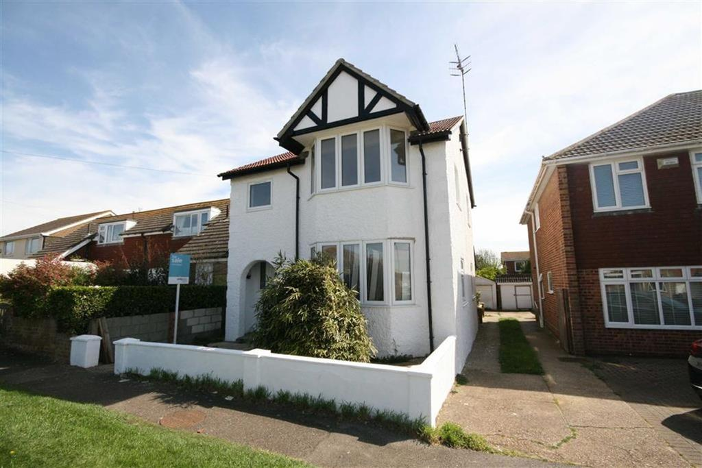 3 Bedrooms Detached House for sale in Phyllis Avenue, Peacehaven