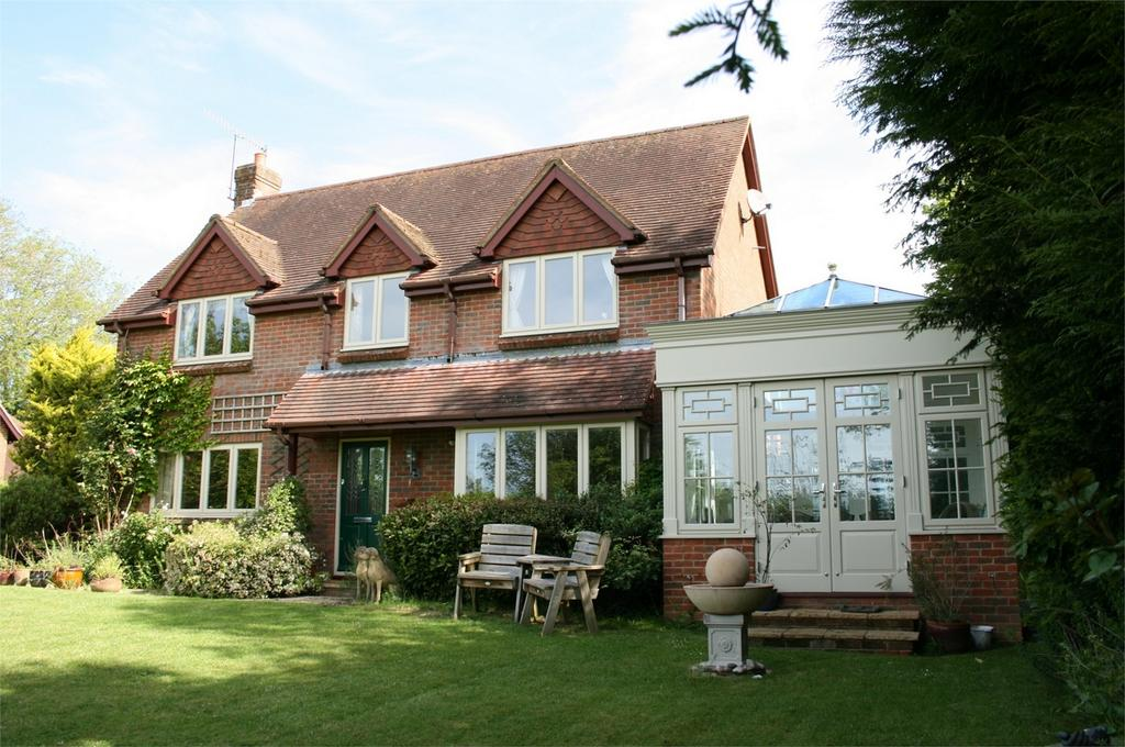 4 Bedrooms Detached House for sale in Bishop's Sutton, Alresford, Hampshire