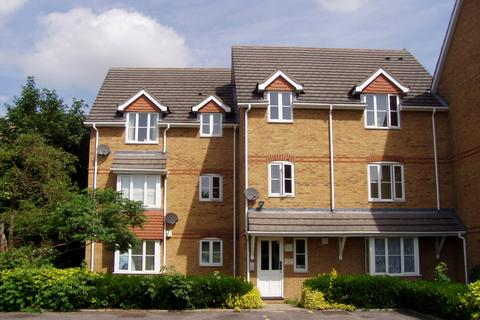 1 bedroom flat to rent - Minimax Close, Staines Road, Feltham, TW14