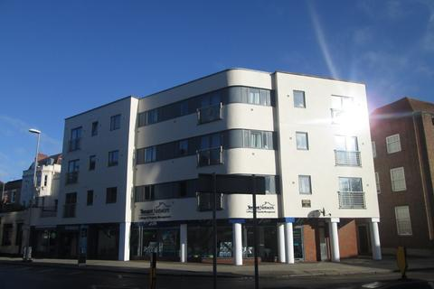 2 bedroom property to rent - Kings Road, Southsea, PO5
