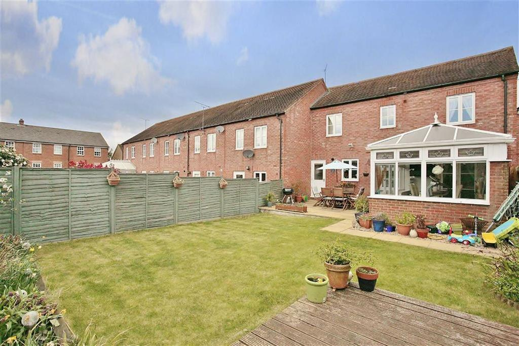 3 Bedrooms End Of Terrace House for sale in Melrose Court, Banbury