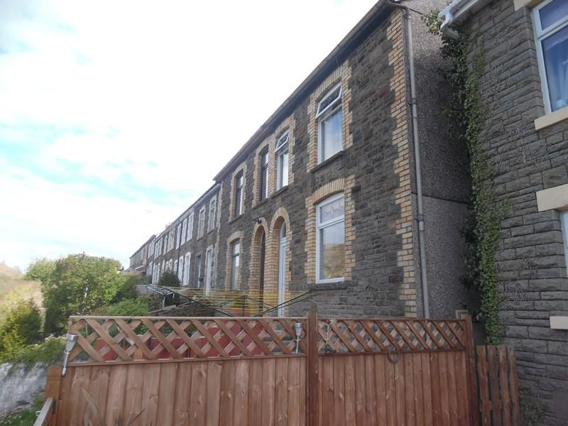 3 Bedrooms Semi Detached House for sale in Birchgrove Street, Porth