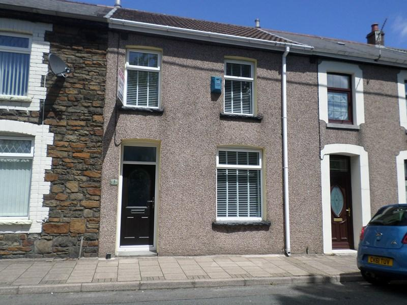 3 Bedrooms Terraced House for sale in Leslie Terrace, Llwyncelyn, Porth
