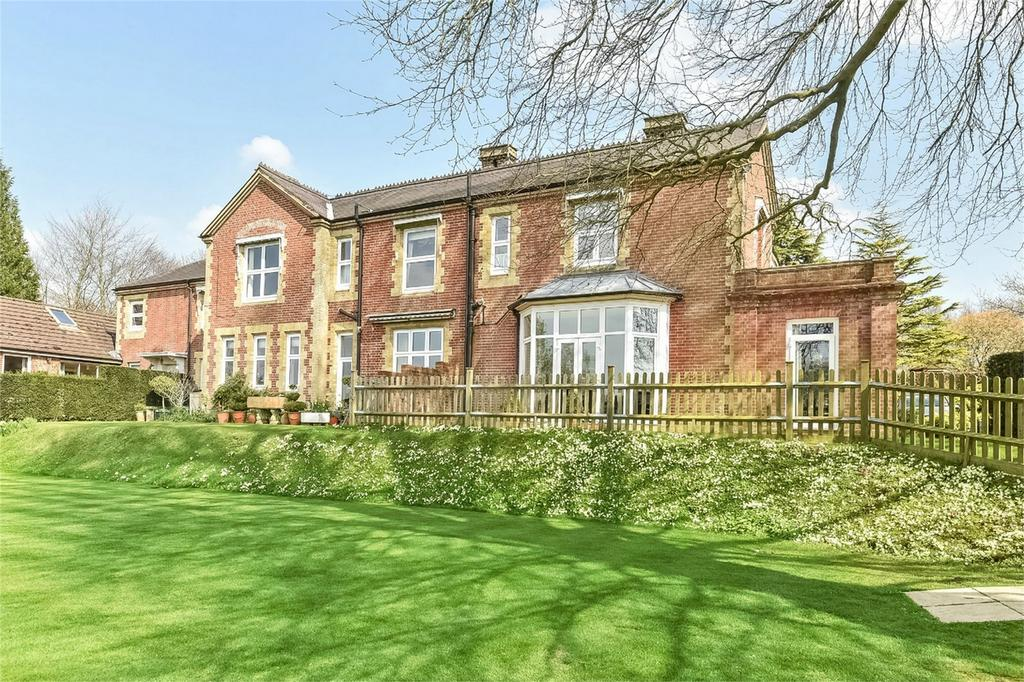 1 Bedroom Flat for sale in Headbourne Worthy, Winchester, Hampshire