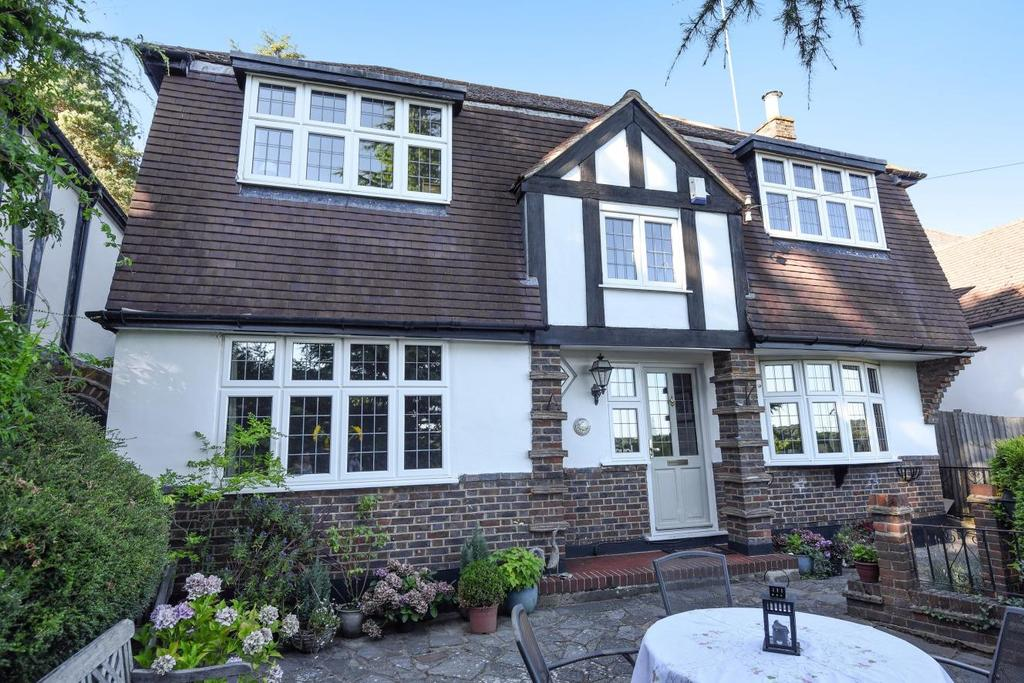 4 Bedrooms Detached House for sale in Harvest Bank Road, West Wickham