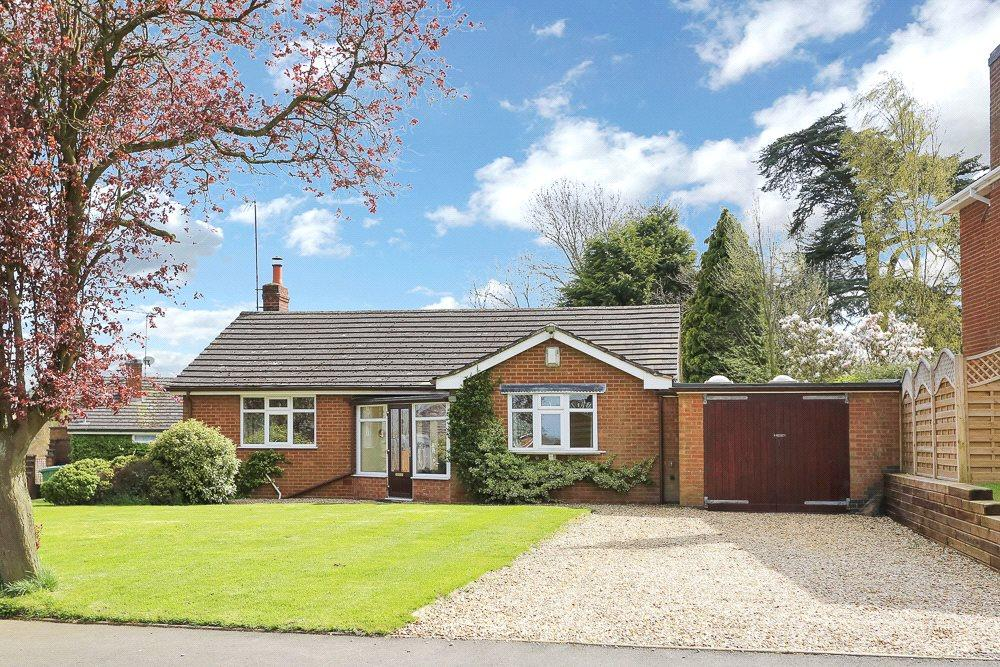 3 Bedrooms Detached Bungalow for sale in Husbands Bosworth, Leicestershire