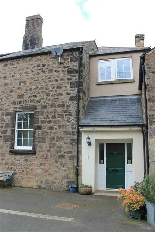 2 Bedrooms Flat for sale in The Old School, Mount Road, Tweedmouth, Berwick upon Tweed, Northumberland