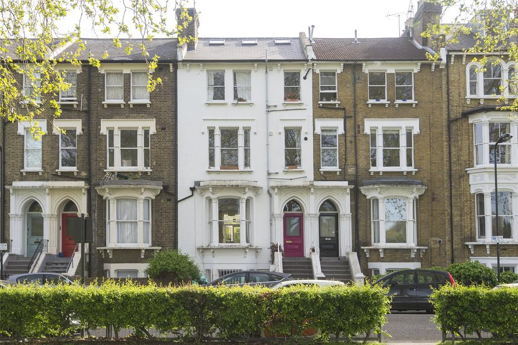 2 Bedrooms Flat for sale in Queensdown Road, London, E5