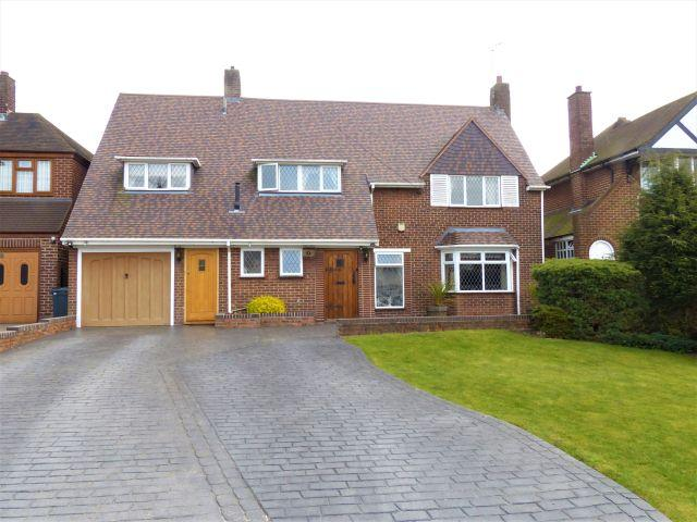 4 Bedrooms Detached House for sale in Lodge Road,Walsall,West Midlands