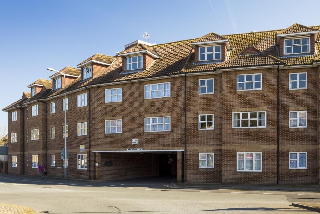 1 Bedroom Flat for sale in Prospect Road, Hythe, CT21