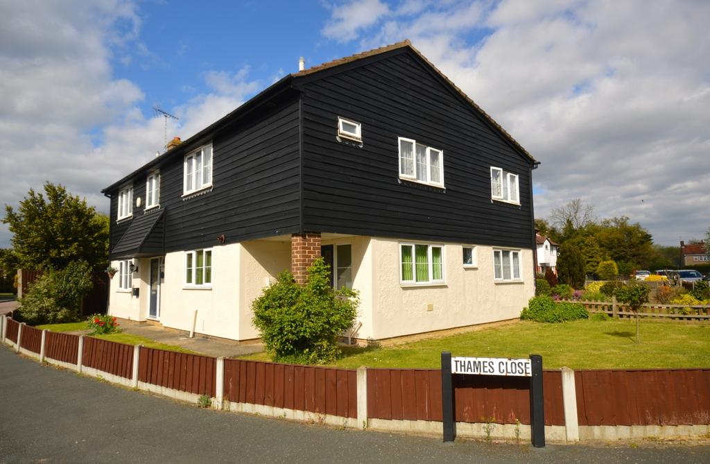 5 Bedrooms House for sale in 5 bedroom Detached House in Braintree