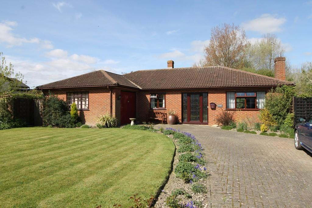 3 Bedrooms Detached Bungalow for sale in Cratfield, Nr Halesworth, Suffolk