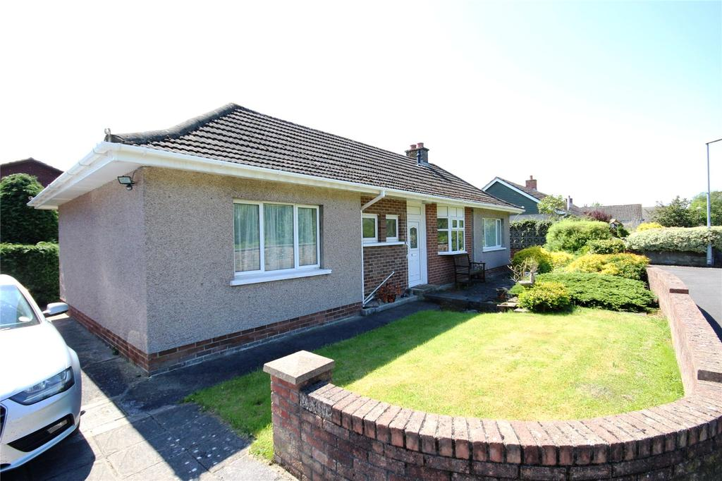 2 Bedrooms Detached Bungalow for sale in Newton Green, Brecon, Powys
