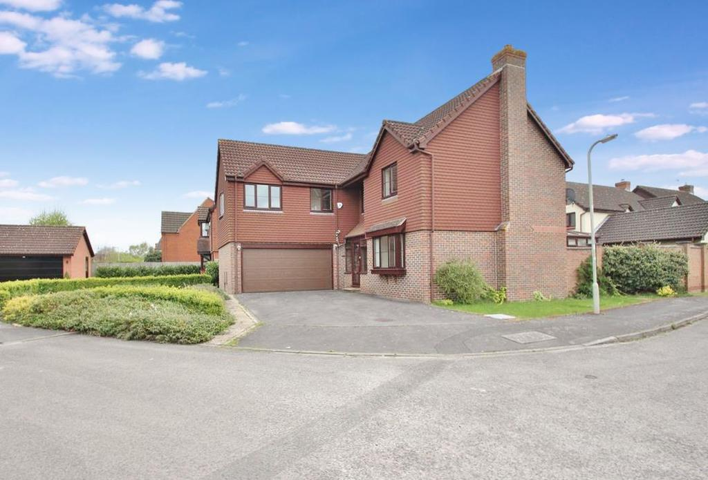 5 Bedrooms Detached House for sale in Rose Avenue, Abingdon