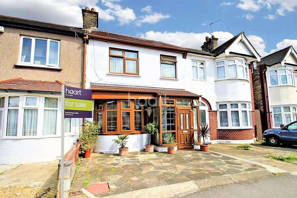 5 Bedrooms Terraced House for sale in South Park Road, Ilford, Essex