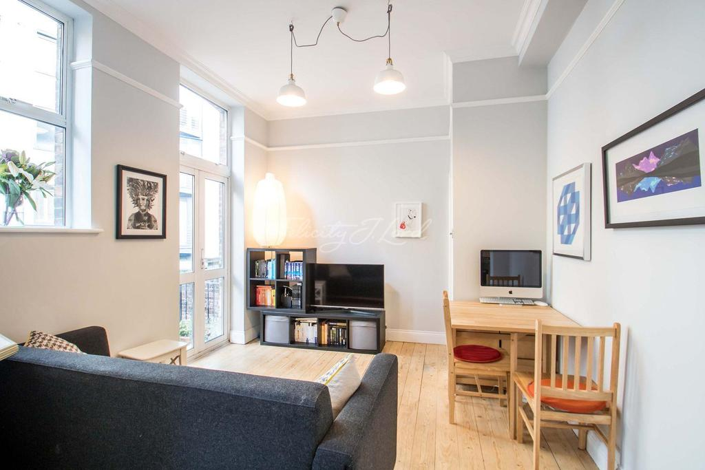 2 Bedrooms Flat for sale in Tooley Street, SE1