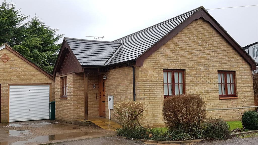 2 Bedrooms Detached Bungalow for sale in West End Lane, Barnet, Herts, EN5