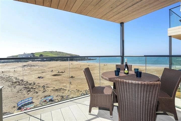 2 Bedrooms Flat for sale in Burgh Island Causeway, Marine Drive, Bigbury-On-Sea, Devon, TQ7