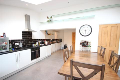 4 bedroom semi-detached house to rent - Highmore Gardens, Lockleaze, Bristol, BS7
