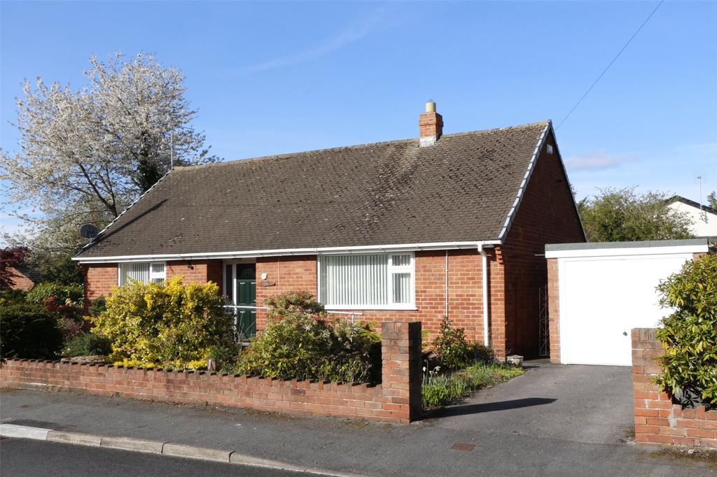 3 Bedrooms Detached Bungalow for sale in Weston Drive, Stansty, Wrexham, LL11