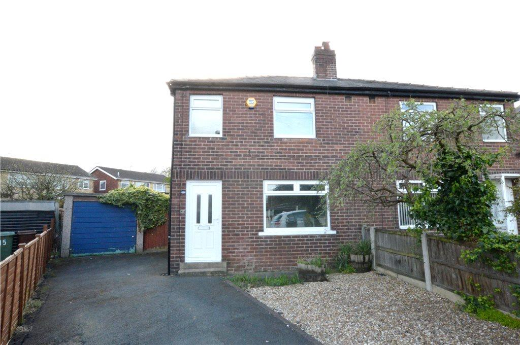 3 Bedrooms Semi Detached House for sale in Swinnow Crescent, Stanningley, Pudsey, West Yorkshire