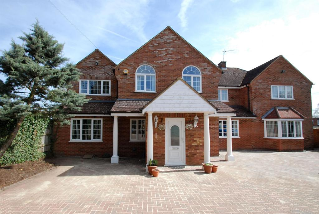 7 Bedrooms Detached House for sale in BUNTINGFORD, Hertfordshire