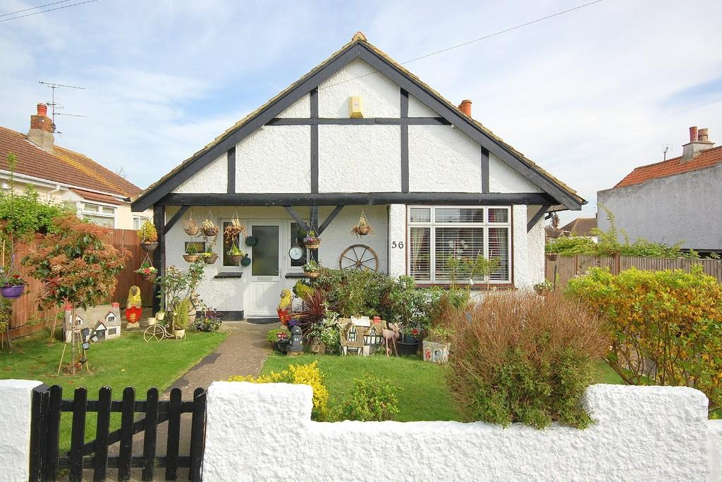3 Bedrooms Detached Bungalow for sale in Sunnyhill Road, Herne Bay