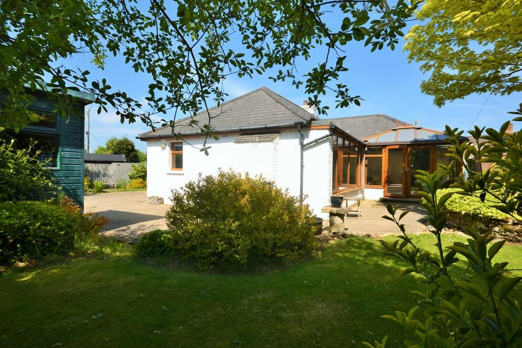 3 Bedrooms Detached Bungalow for sale in Forest Road, Winford