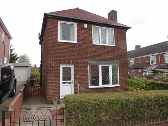 3 Bedrooms Detached House for sale in 1 Waddington Road, Pogmoor, Barnsley, S75 2HE