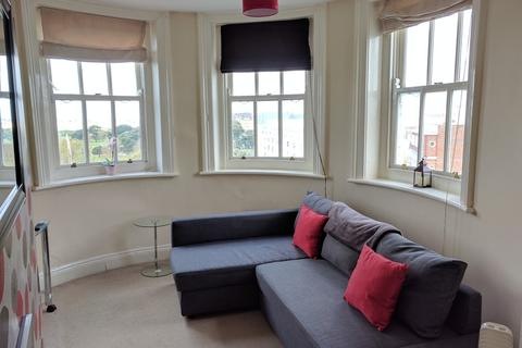 2 bedroom flat to rent - CARLTON HOUSE, WESTERN PARADE,