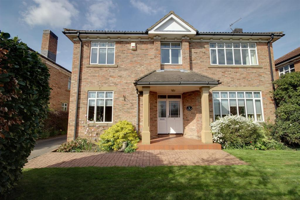 4 Bedrooms Detached House for sale in The Pickerings, North Ferriby